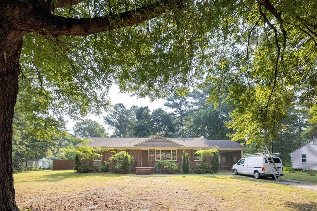 Adorable home nestled in the heart of Richmond! Single-family 1-story ranch with finished half basem