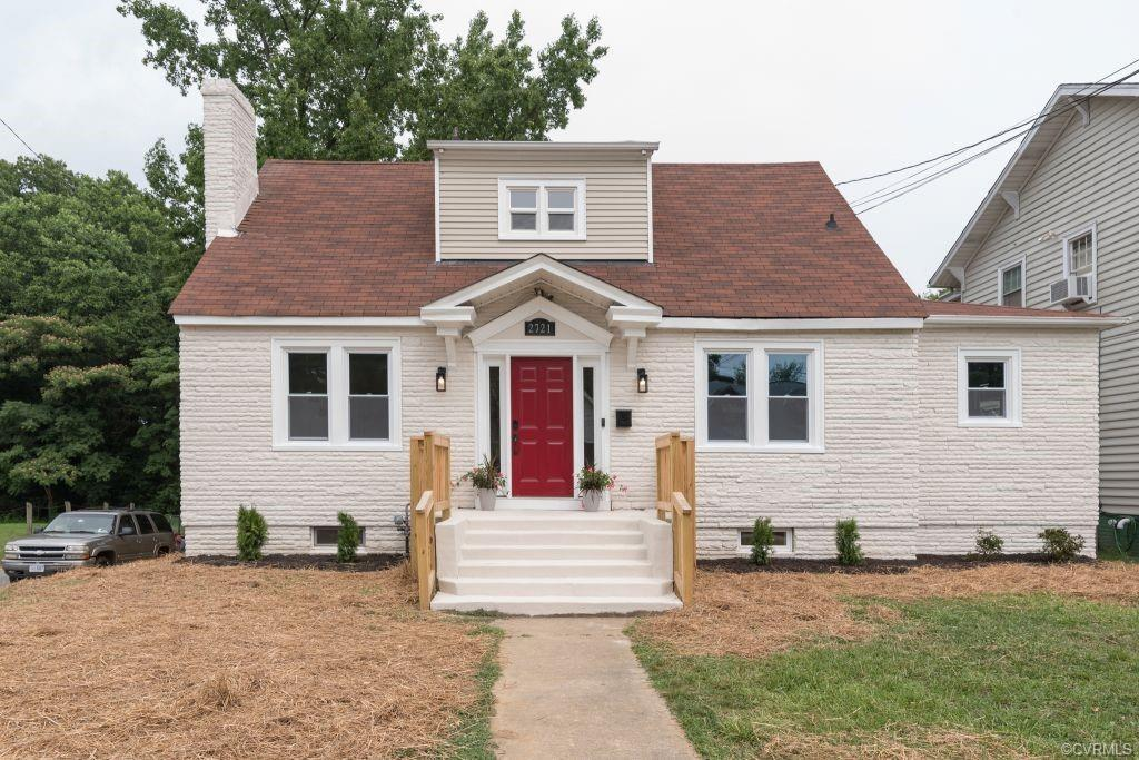 Welcome Home! This beautiful Large Cape on a corner lot, 4 bedrooms 2 full baths located in the soug