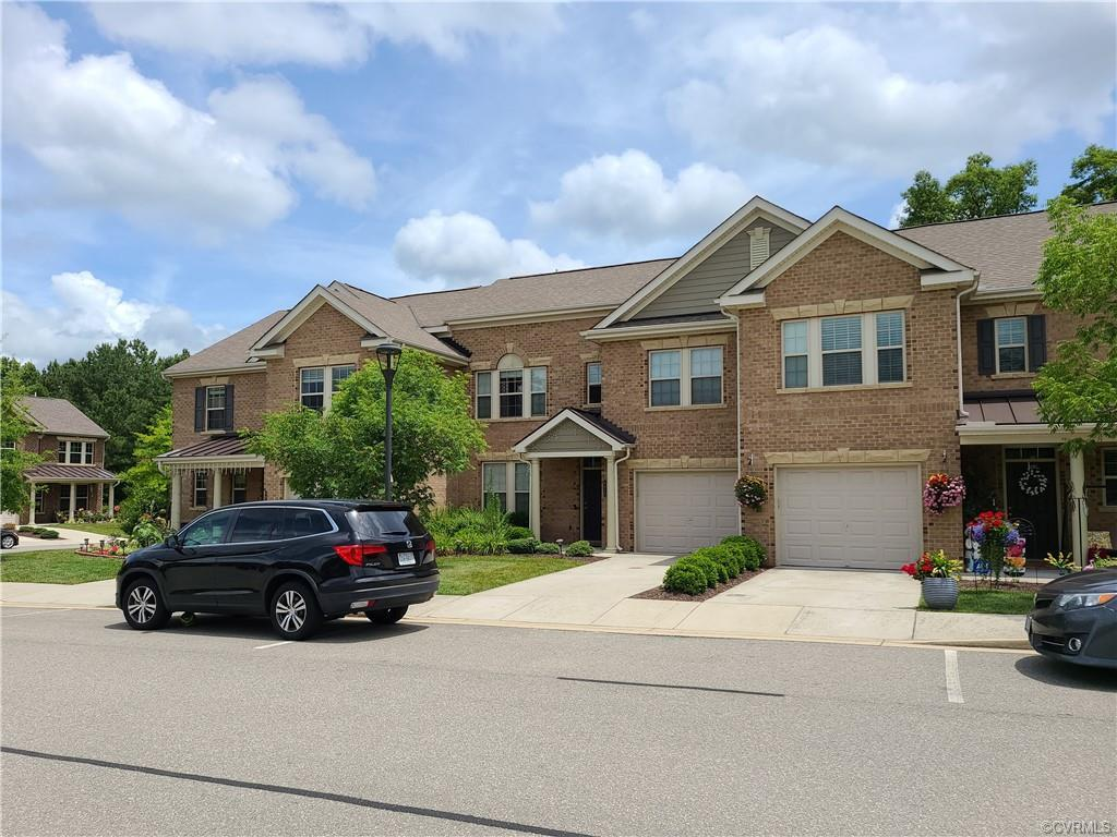 Welcome to this gorgeous 4 bedroom/3 bath Townhome. Townes at Pouncey Place , exiting luxury townhom