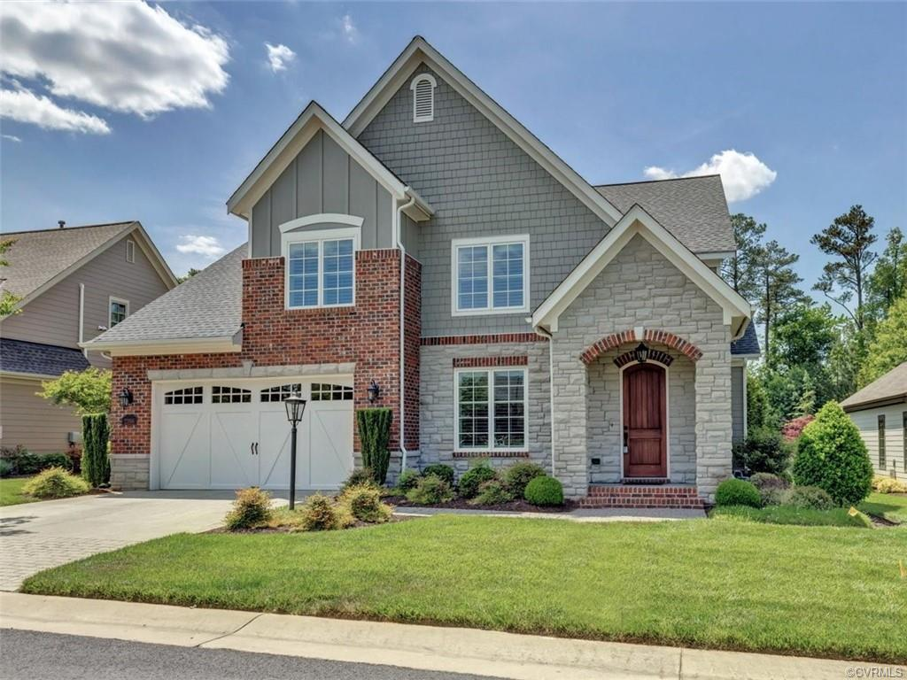 This 2-story turn key luxury home in Bel Crest offers curb appeal, beautiful landscaping, 4 bedrooms