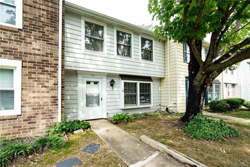 Charming three bedroom, one and a half bathroom townhome in Sturbridge Village. Spacious living room, eat-in kitchen. Three bedrooms and full bathroom on second level. New dishwasher. New water heater, Fenced in rear yard, detached storage shed. Professionally cleaned. Move-in ready. Refrigerator, washer and dryer included. Prime location: convenient to shopping, restaurants and major roads. Hurry while interest rates are still historically low. Come view to imagine the next chapter in your life!