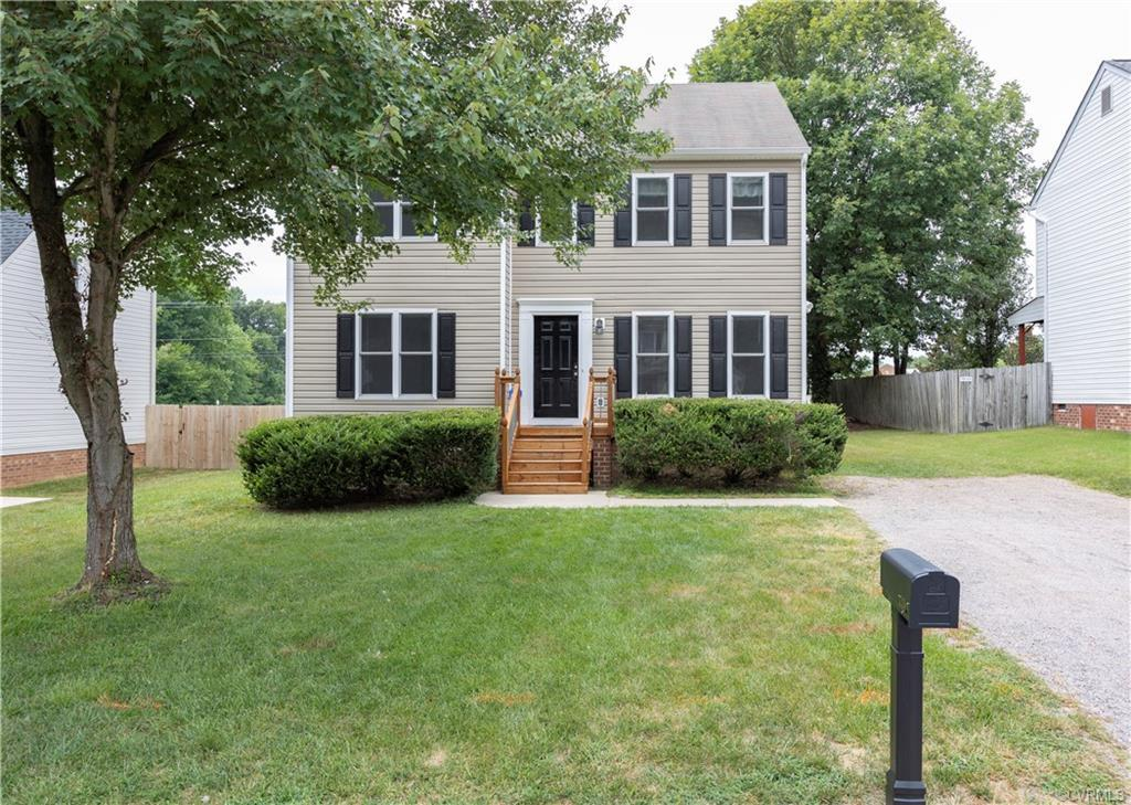 Original owners. Almost completely renovated in 2012. Sunroom added on in 2012. Floor plan features