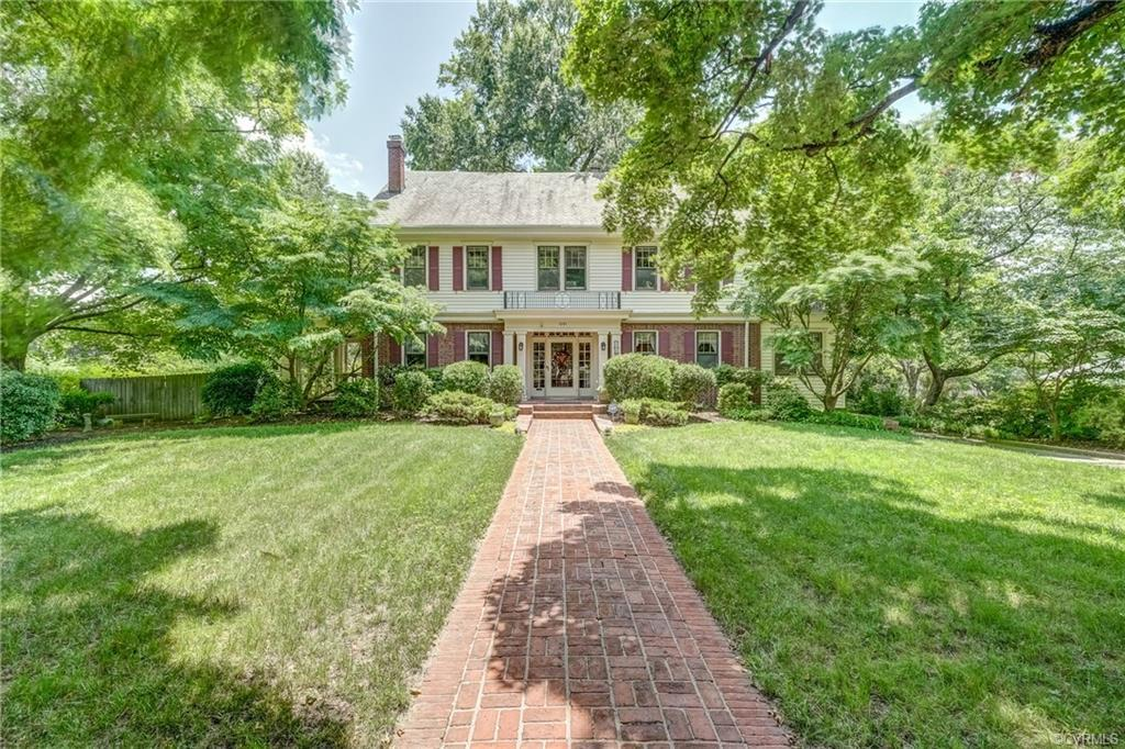 Welcome to this spacious Colonial Revival home in the desirable Laburnum Park neighborhood.  Beautif