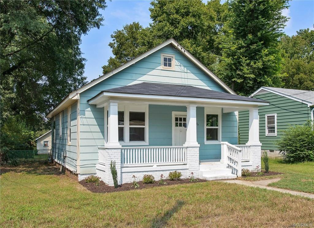 Lovely renovation with newly finished hardwood floors, fresh paint, new kitchen with new appliances