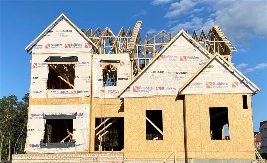 UNDER CONSTRUCTION! Bradford Custom Homes in Woodson Hills at Bacova – a premier address in Glen All