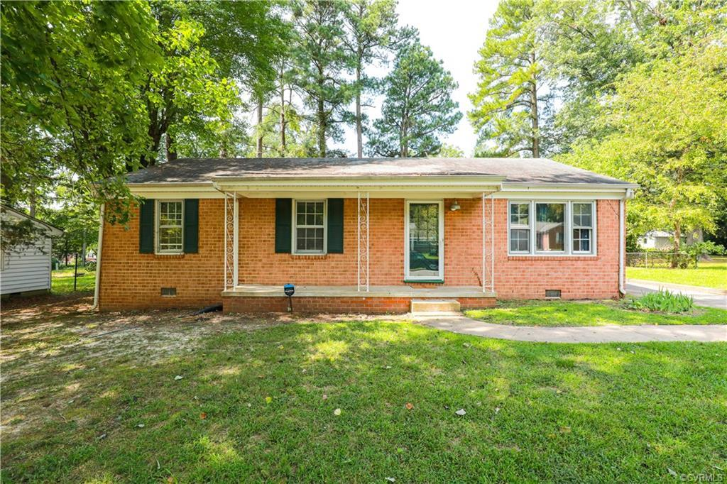 Charming 3 bedroom 2 full bath all brick Rancher in Henrico. Walk up onto the full front porch and i