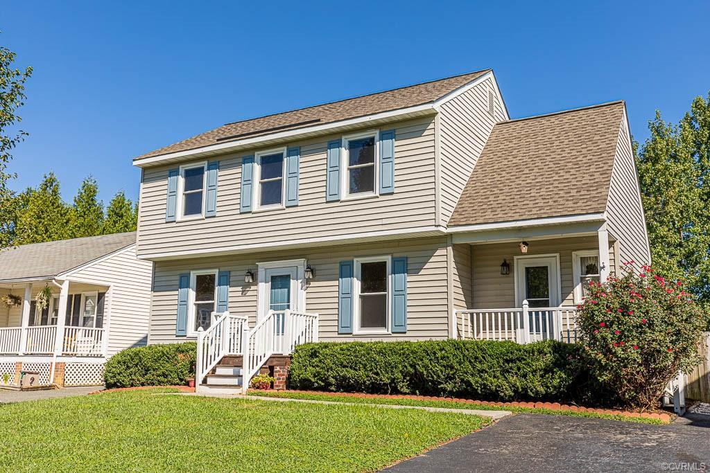 Adorable Colonial in the Hanover High School District.  Move in ready with a brand New Kitchen, New
