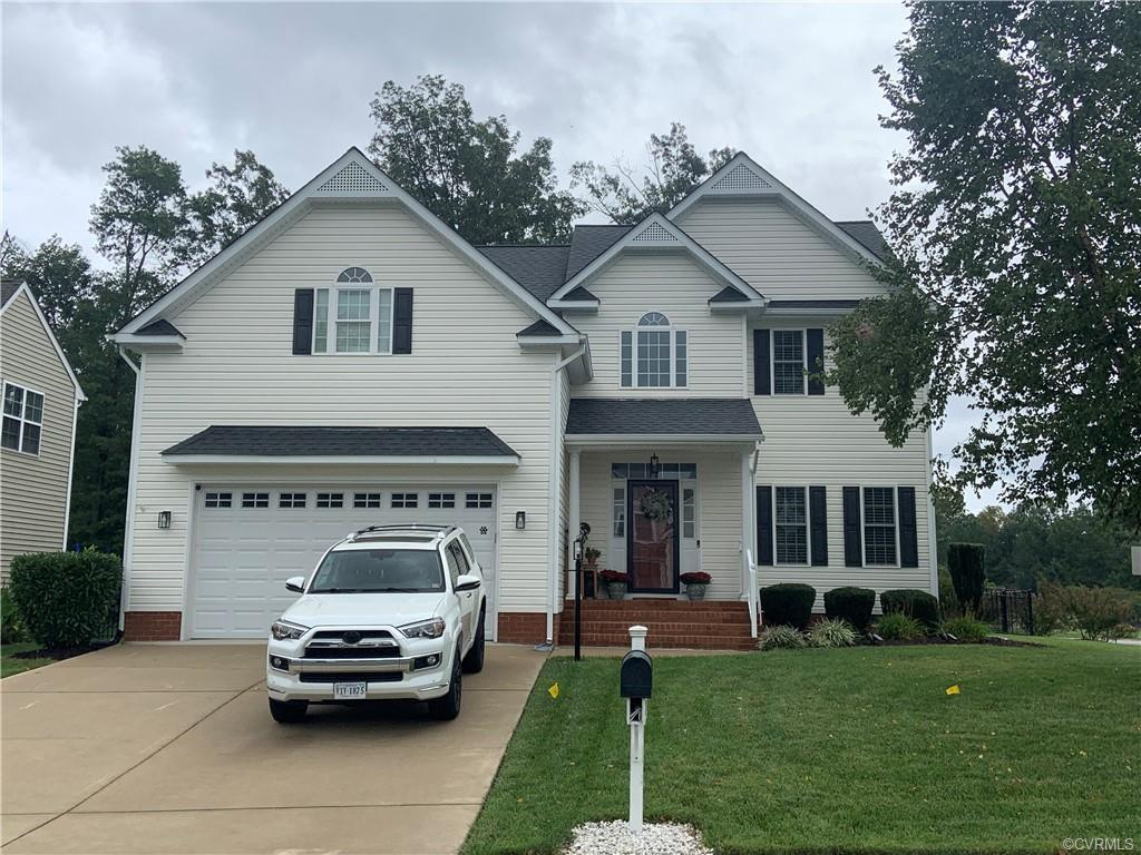 Pristinely Maintained Updated Home in Elite Community Edgewater at the Reservoir. This premier prope