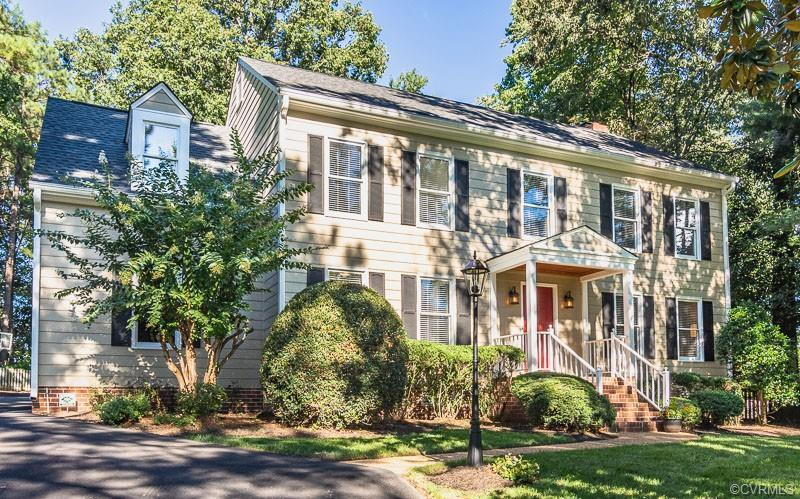Spotless FIVE BEDROOM Colonial in one of the West End's Finest communities, WELLESLEY!!  Hurry to se