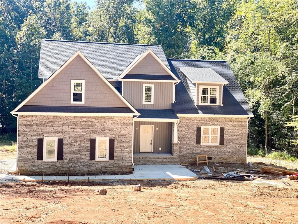 UNDER CONSTRUCTION! Ready in 45 days! Located in EASTERN POWHATAN right off Judes Ferry in NORWOOD C