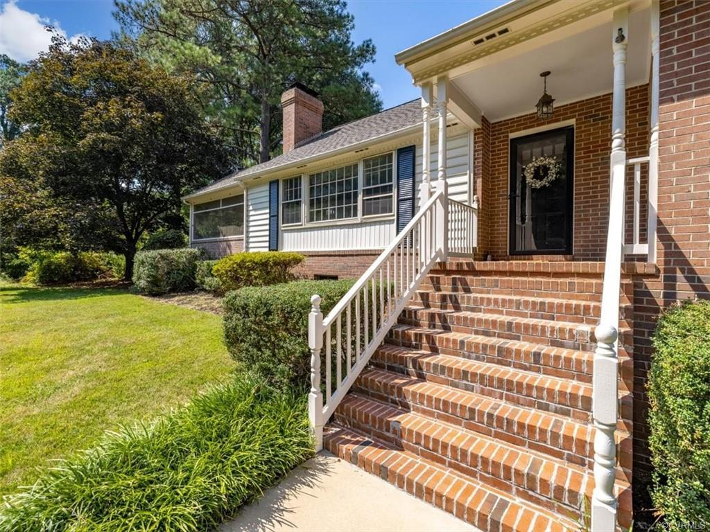 Freshly painted and staged, this 3700+sf 2-story ranch-style home w/ full basement in Roslyn Hills o