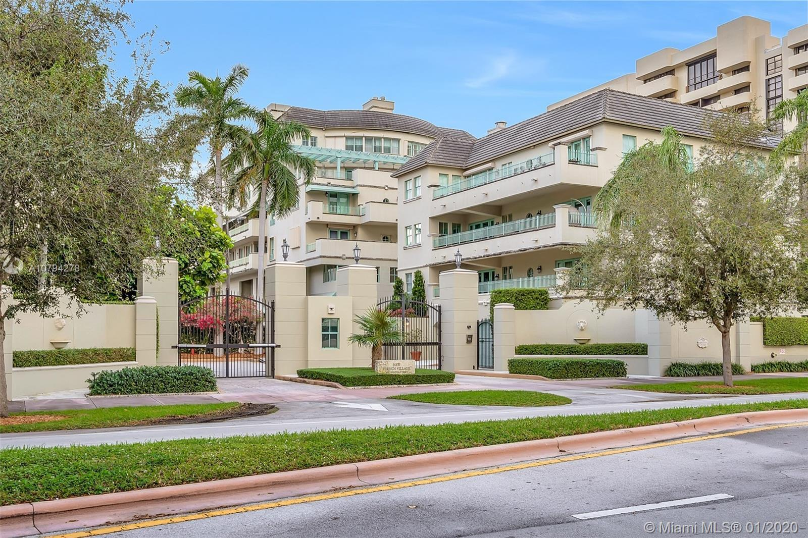 In the highly touted New French Village,located in the heart of Coral Gables,& within walking distan
